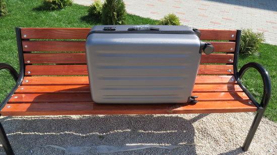 https://www.gearbest.com/luggage-travel-bags/pp_981012.html?wid=21&lkid=13879173