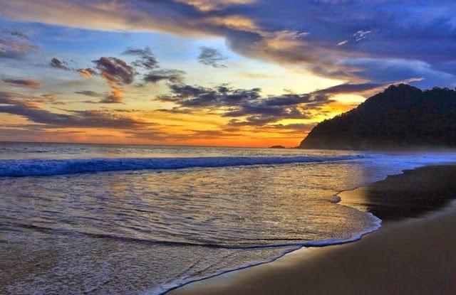 Tempat Wisata Pantai Sukamade Banyuwangi Yang Cantik