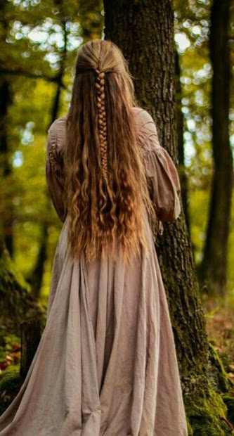 magnificent medieval hairstyles