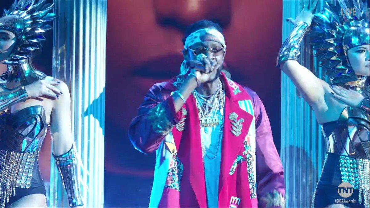 Watch Nicki Minaj & 2 Chainz Perform On Stage At NBA Awards
