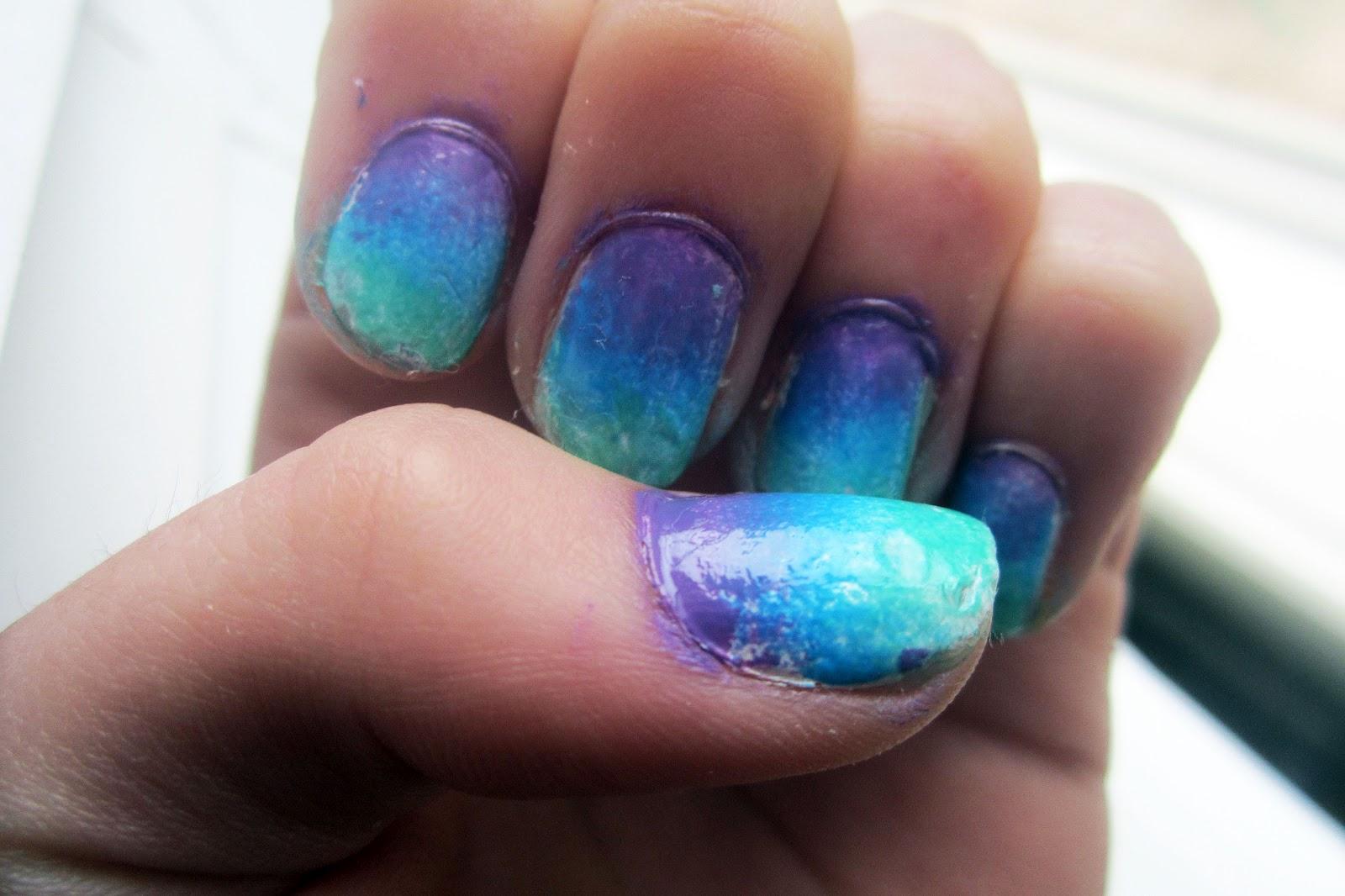 MISS VELVET GLITTER: Ombre Nails!