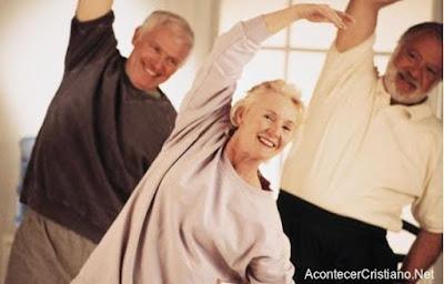 Ejercicios físicos para personas adultas