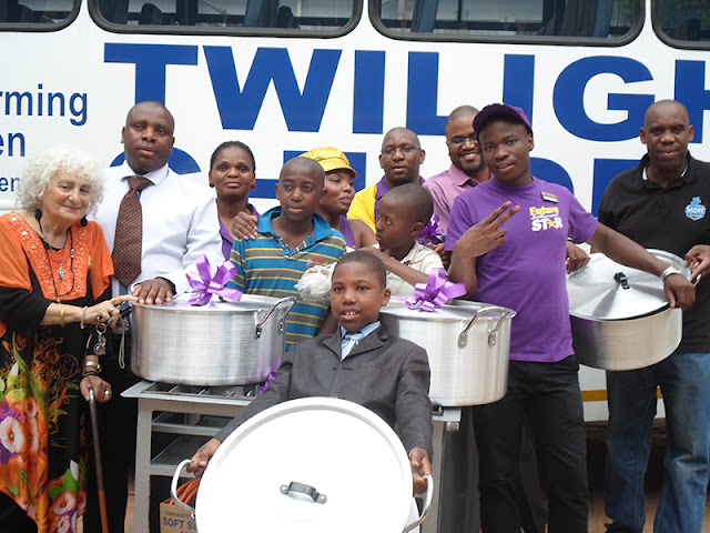Hollywoodbets Hillbrow with their donation to the Twilight Children - Gauteng