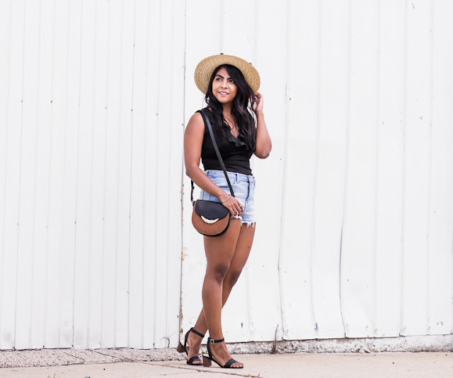 straw-hat-summer-outfit