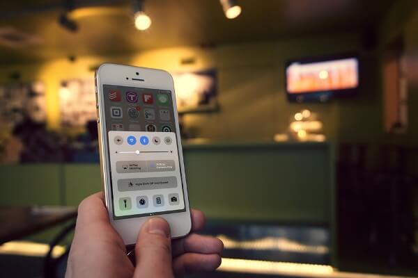 Cara Menggunakan Control Center di iPhone dan iPod touch