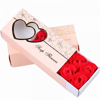 https://www.rosegal.com/artificial-flowers/10-pcs-soap-flowers-sweet-romantic-artificial-roses-box-packing-valentine-s-day-gift-1804716.html?lkid=12812182
