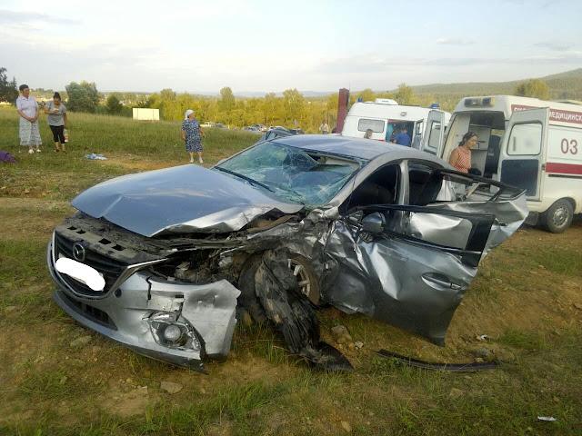 На перекрёстке Аскарово-Серменево столкнулись два автомобиля.
