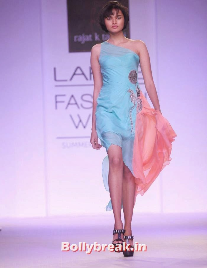 Shweta Dolli, Indian Supermodels Walk for Rajat K Tangri Show at Lakme Fashion Week