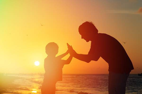 father and son friendship article in hindi