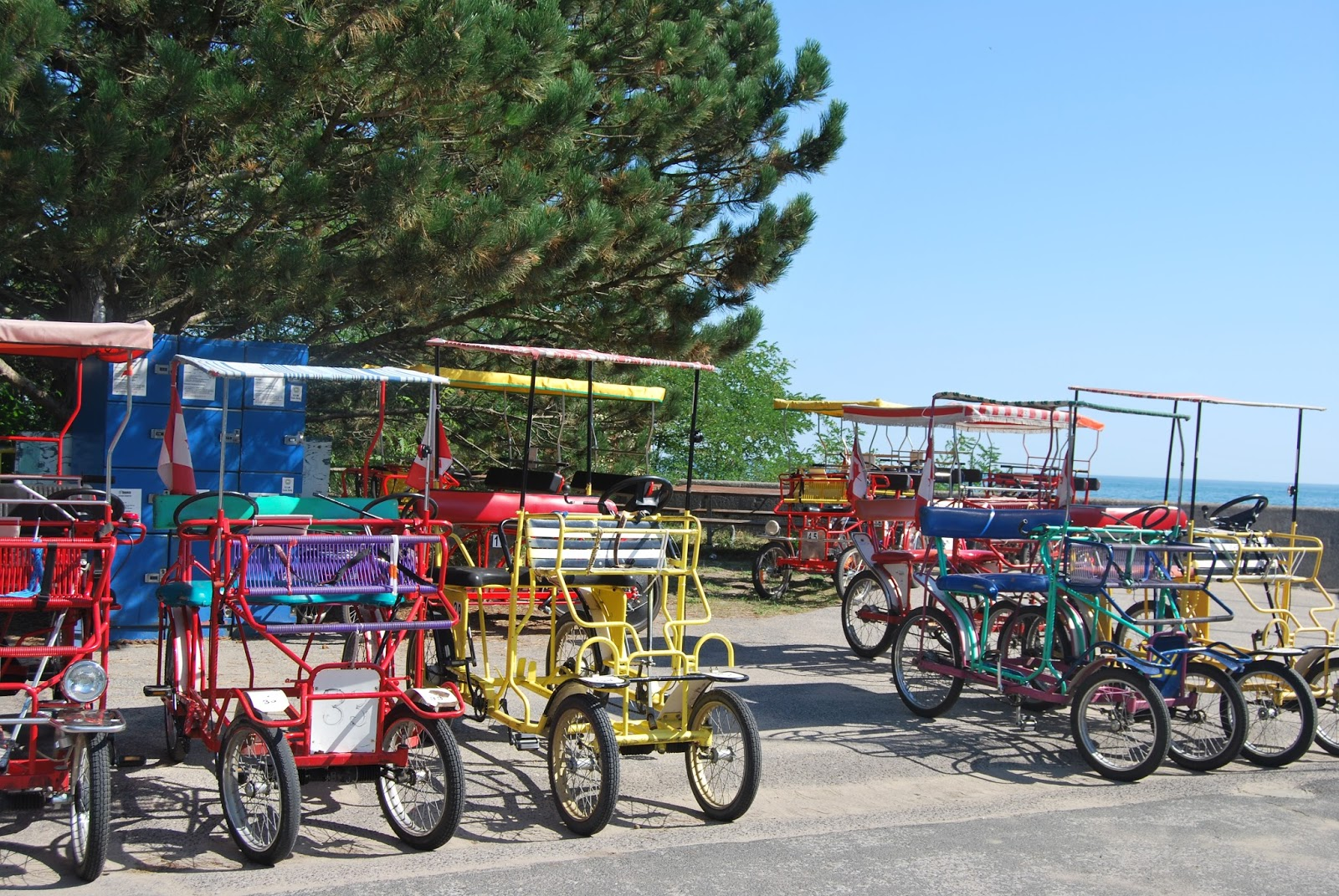 Two-seater bicycles on Toronto Island, photo by modernbricabrac