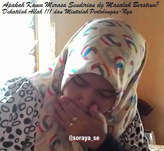 soraya gadis jilbab sendirian jomblo