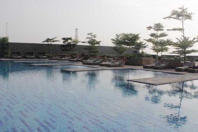 alila kolam renang solo