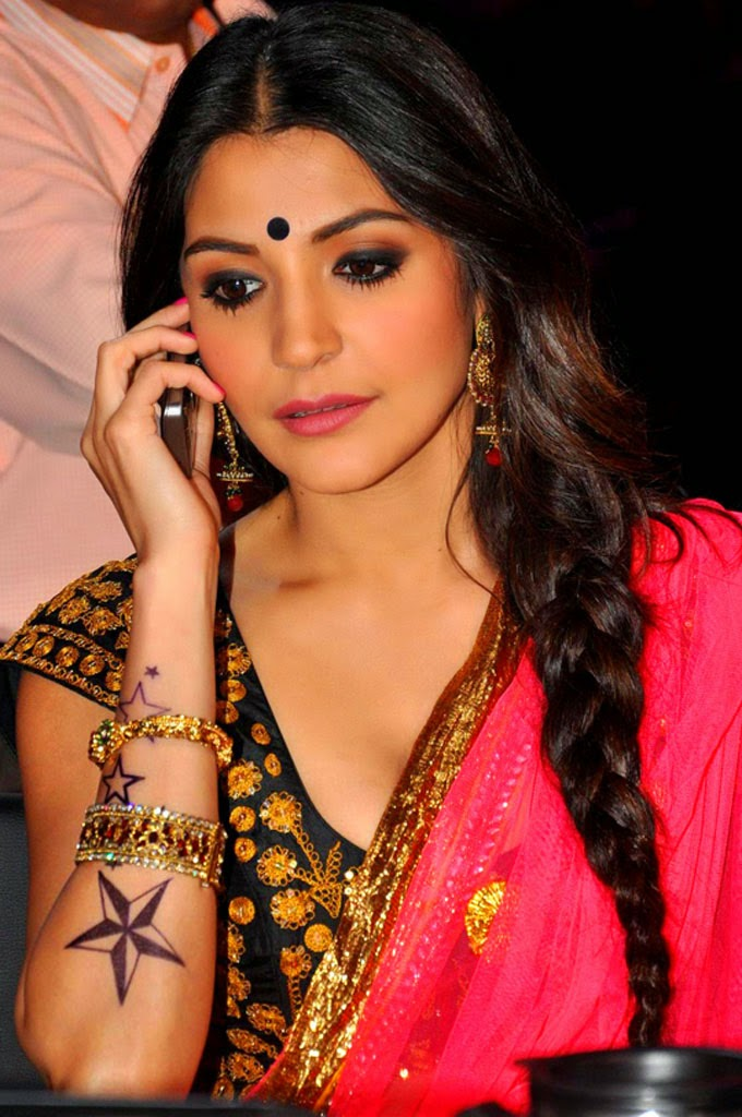 Anushka Sharma Saree: Anushka Sharma Beautiful Pictures