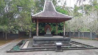 Buddist Monastery 4