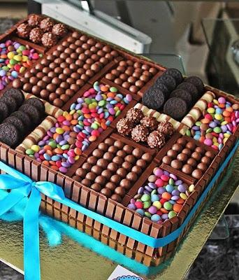 Berbagai macam coklat dan permen