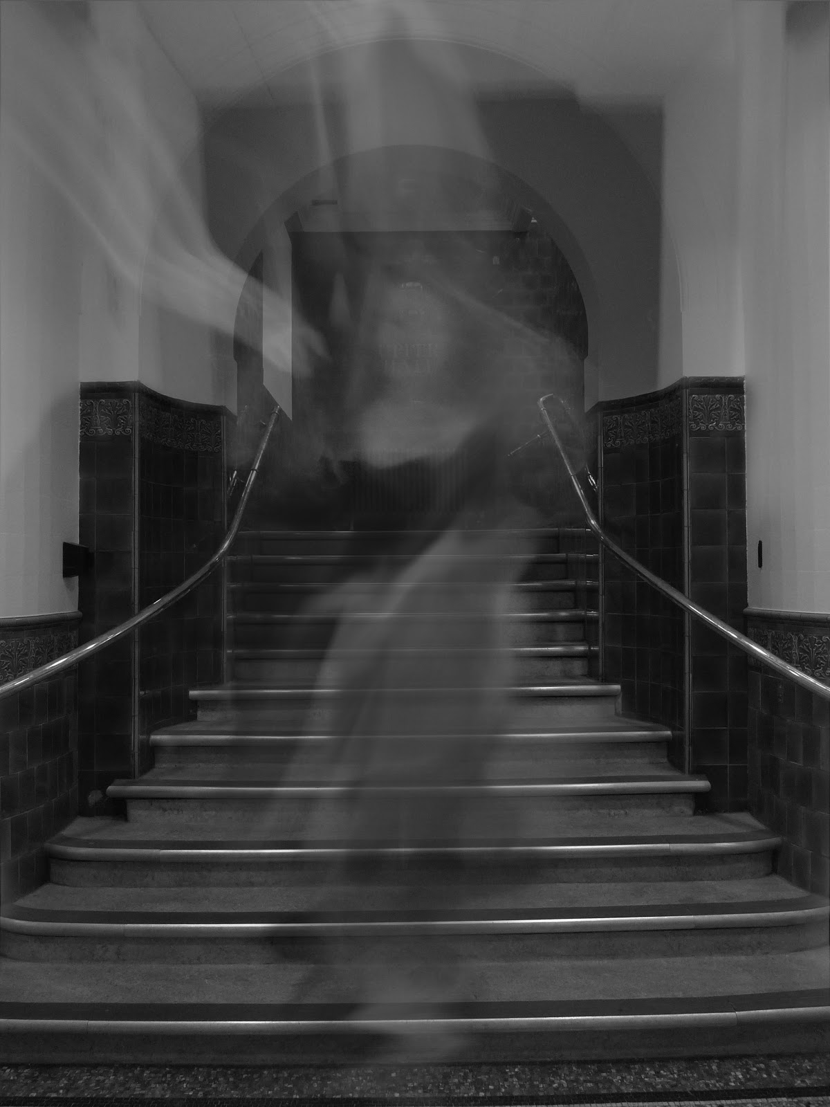 The Horror Honeys: Enter the Unknown - Paranormal Investigation