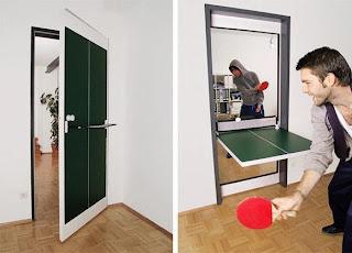 pintu berfungsi sebagai meja lipat pingpong