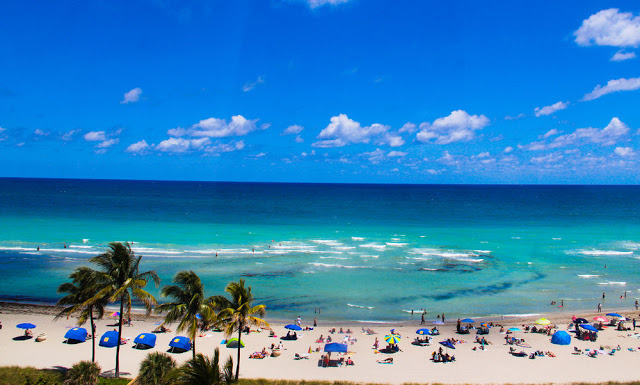 Playa de Hollywood Beach en Miami
