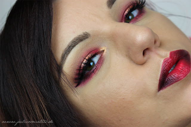 Die-purpurnen-Fluesse-Make-Up