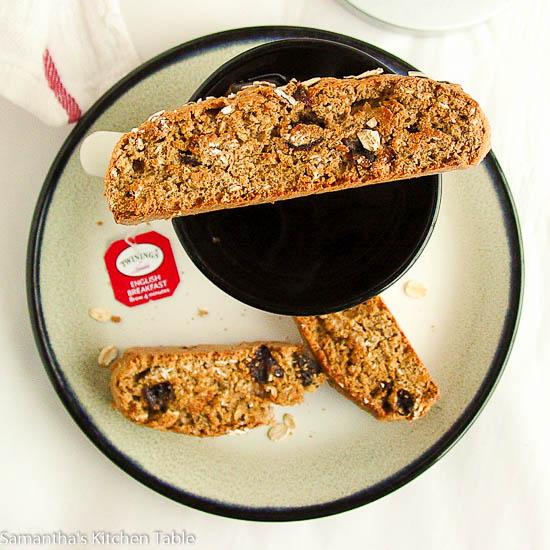 Oatmeal Raisin Breakfast Biscotti