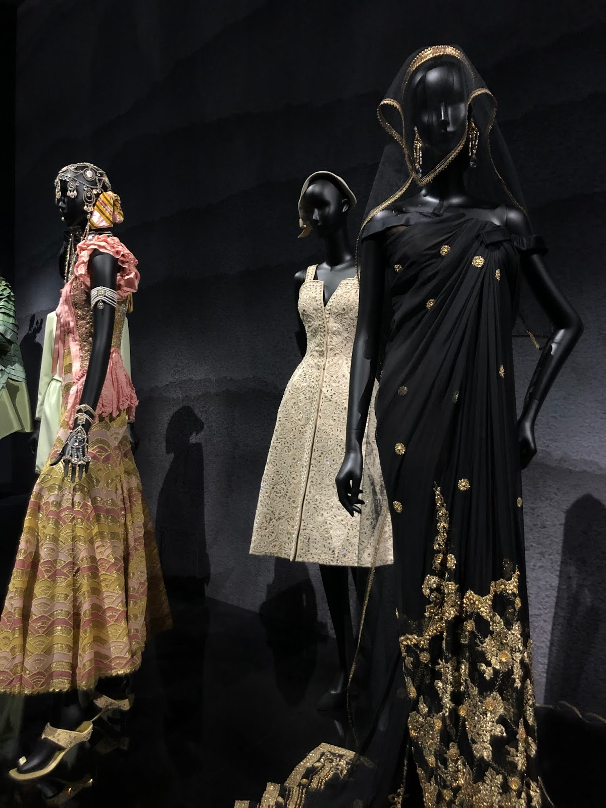 christian dior exhibition v and a indian dress