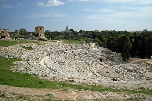 Teatro Grego no Parque Arqueológico de Neápolis em Siracusa