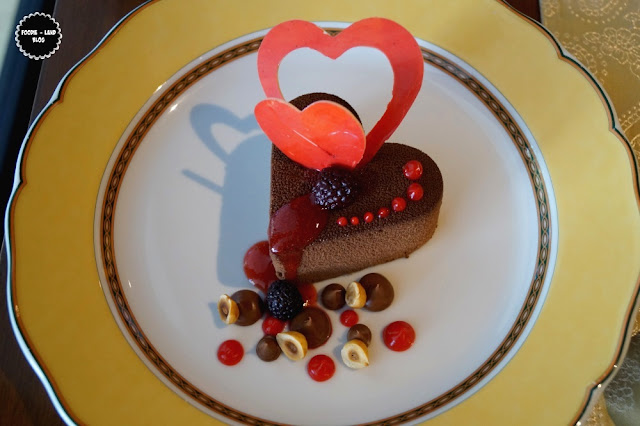 Warm Chocolate Fallen Cake@Valentines Day Special @ Vivanta by Taj - Yeshwantpur | Bangalore