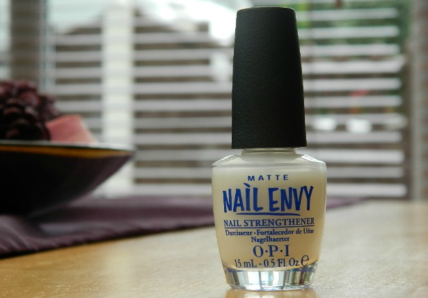 opi nail envy matte matt nail hardener strengthener nail polish treatment soft brittle nails help review swatch expencive cost price uk blog review