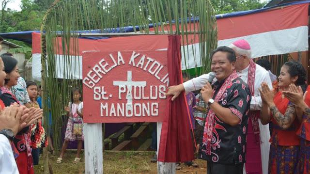 Bupati Sanggau Resmikan Gereja Katolik St Paulus Mandong