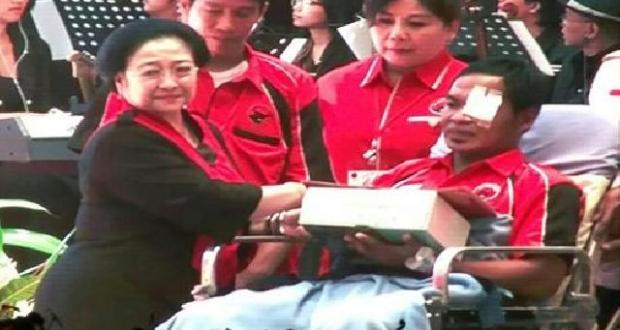 Wih! Megawati Tepati Janji, Beri Penghargaan Kader PDIP yang Kalah Duel