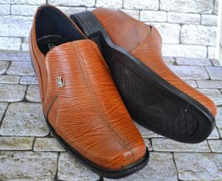 Gambar Sepatu Kulit Original