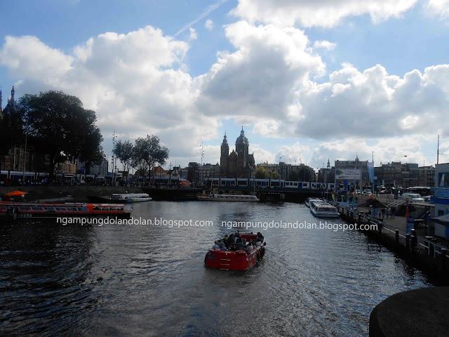 Romantisnya Canal Cruise Amsterdam