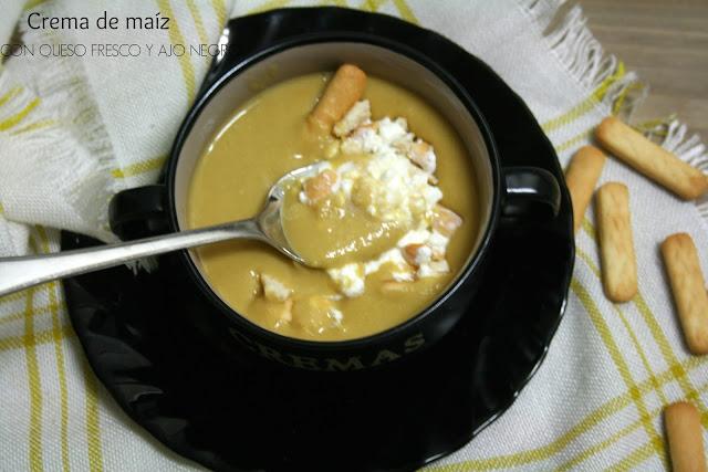 crema de maíz, queso fresco, ajo negro