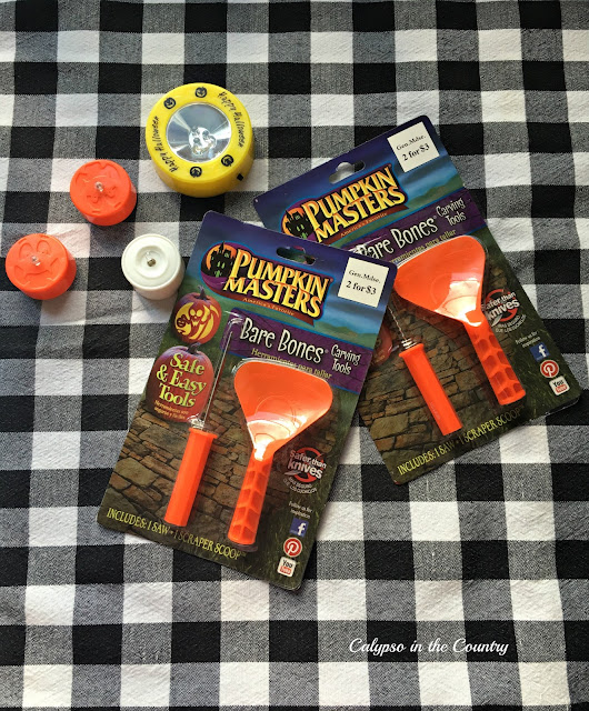 Pumpkin carving tools and accessories - Halloween goodie bag ideas