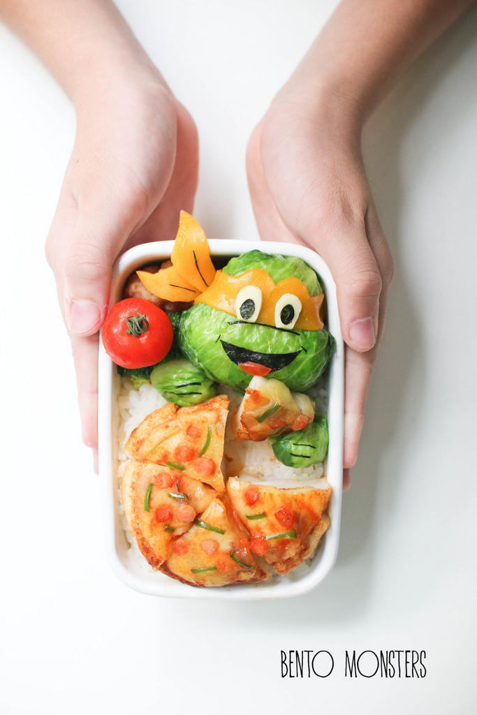 12-Tsum-Tsum-Deco-Sushi-Li-Ming-Lee-Kyaraben-Bento-Monsters-Themed-Lunch-Art-www-designstack-co