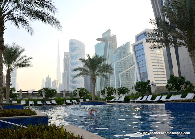 JW Marriott Marquis Dubai's outdoor pool