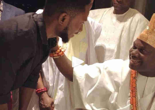 Miracle bends to greet Ooni of Ife