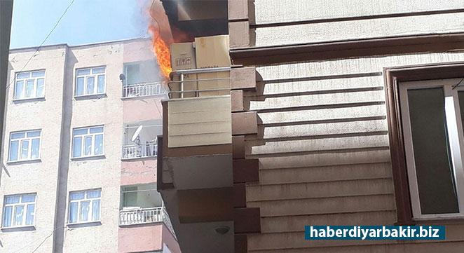 Diyarbakır Huzurevleri'nde apartmanda çıkan yangın paniğe neden oldu