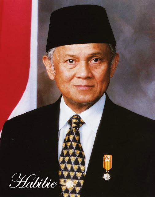 Foto Habibie presiden Indonesia ke 3
