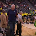 Bill Walton takes bathroom break before Arizona State-Oregon OT