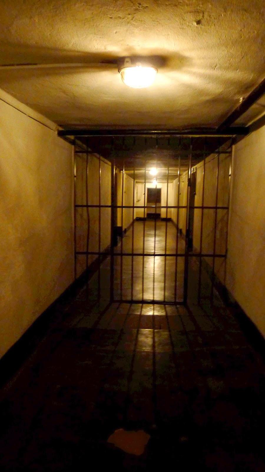 Auschwitz Cell