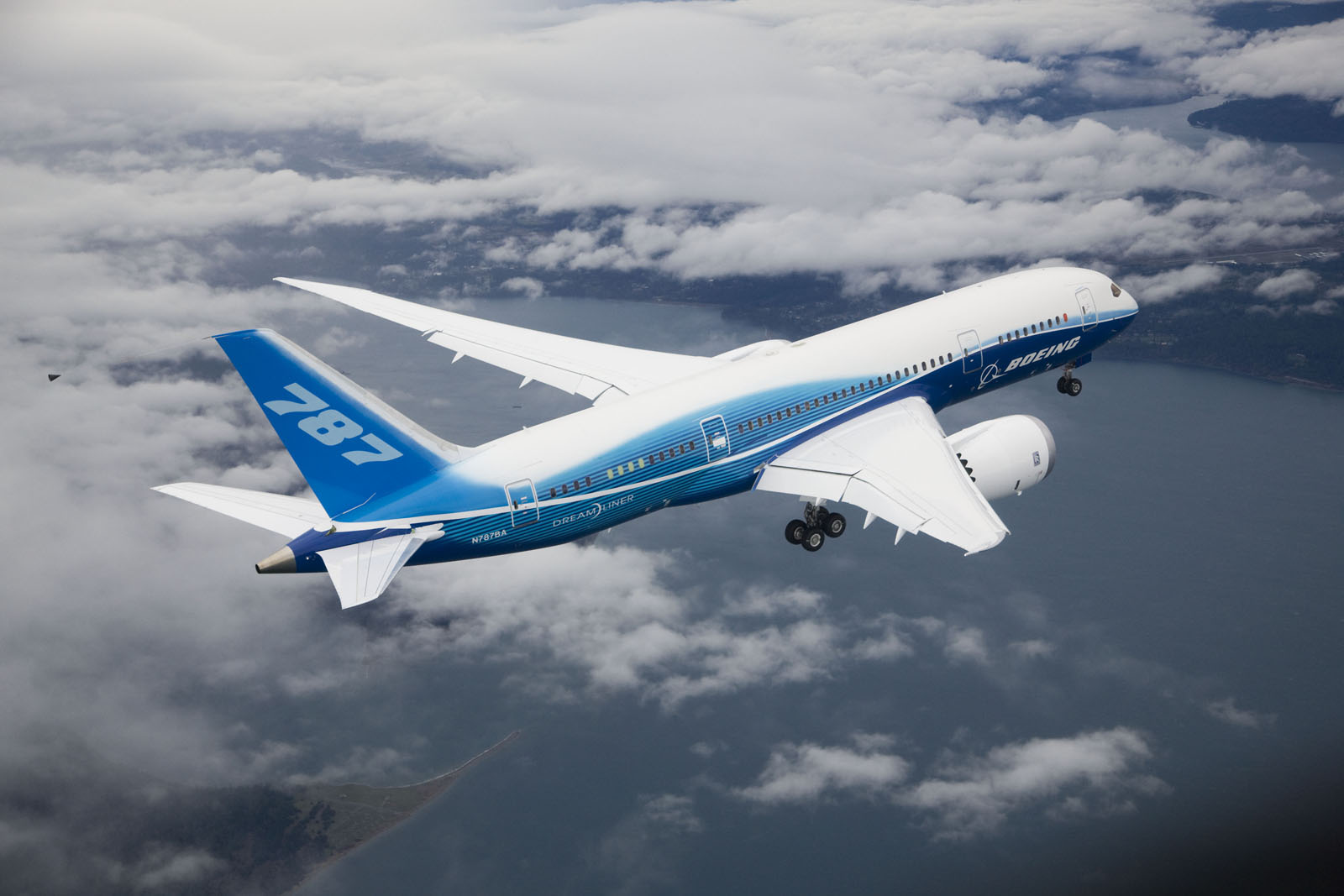 Boeing Airplane Boeing Unveils New 787 Dreamliner Oddetorium