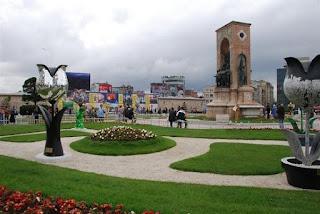 Jalan – Jalan Santai Di Taksim Square & Istiklal Caddesi Turki