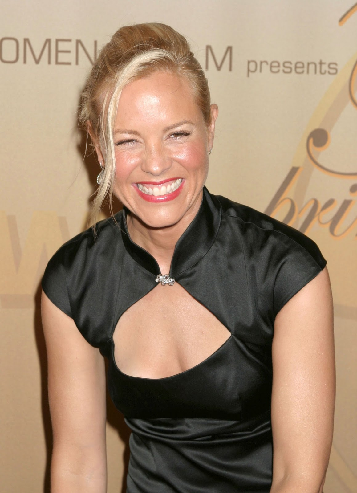 Latest Wallpaper Girl Maria Bello Photos Tv Series Posters And Cast