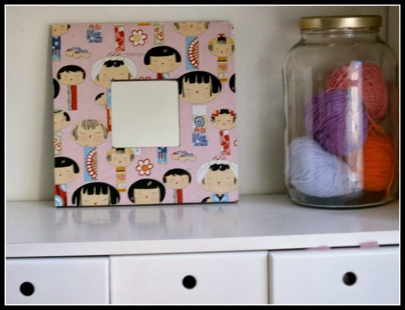 espejos,mano,mosaico,teselas,pinzas,pendientes,madera,tela,servilletas,