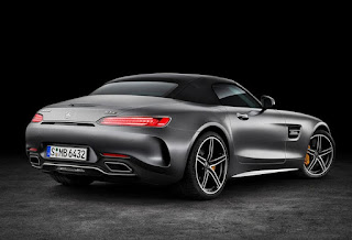 2016 Mercedes-AMG GT C Rear Picture