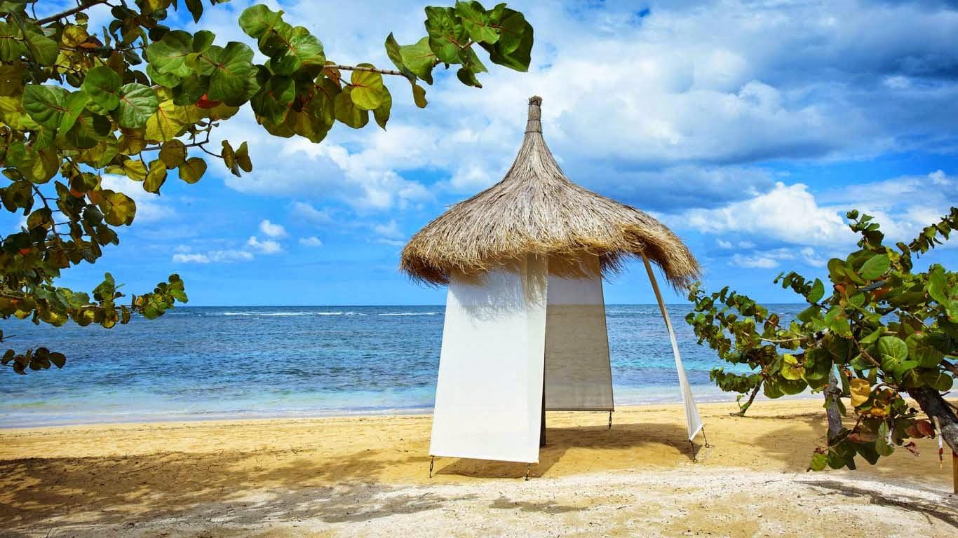 romantic-beach-for-honey-moon