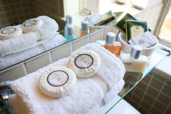 Đồ Amenities cho khách sạn - Amenity khách sạn - Đồ dùng 1 lần khách sạn