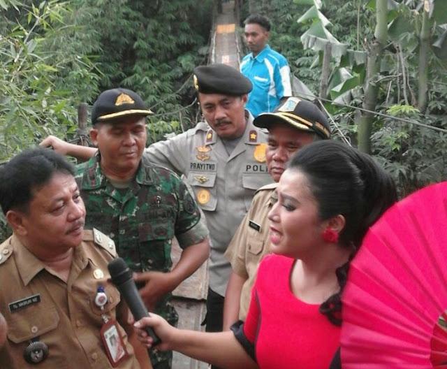 Tiga Pilar Jagakarsa Lakukan Giat Asistensi Jembatan Gantung di Kampung Babon
