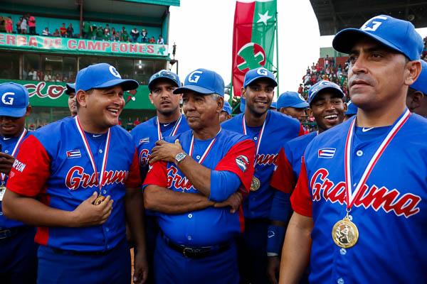 Granma retuvo la corona del béisbol cubano y ahora su mentor Carlos Martí se enfoca en la Serie del Caribe que comienza el viernes próximo en Guadalajara.